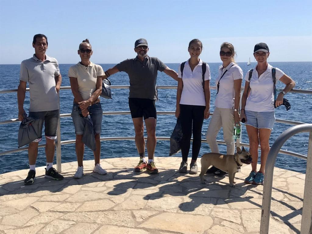 Domaine de L'ansa - Beach Cleanup Crew